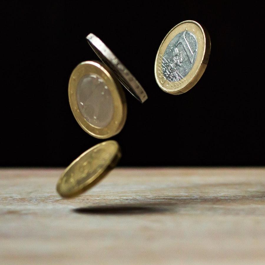 Cash for PFM apps - Image Pixabay