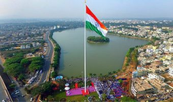 Belagavi: India's tallest flag unfurled in Belgaum. The 9,600 sq.ft Indian flag on a 110 m flag pole being inaugurated at Kote Kere lake front in Belagavi, Karnataka on Aug 13, 2018. PTI