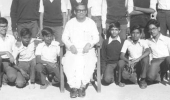 KVASC Bangalore classmates with Dr. DN Mishra in 1982