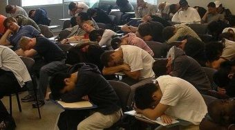 Sleepy Class. Image source.http://blogs.browardpalmbeach.com